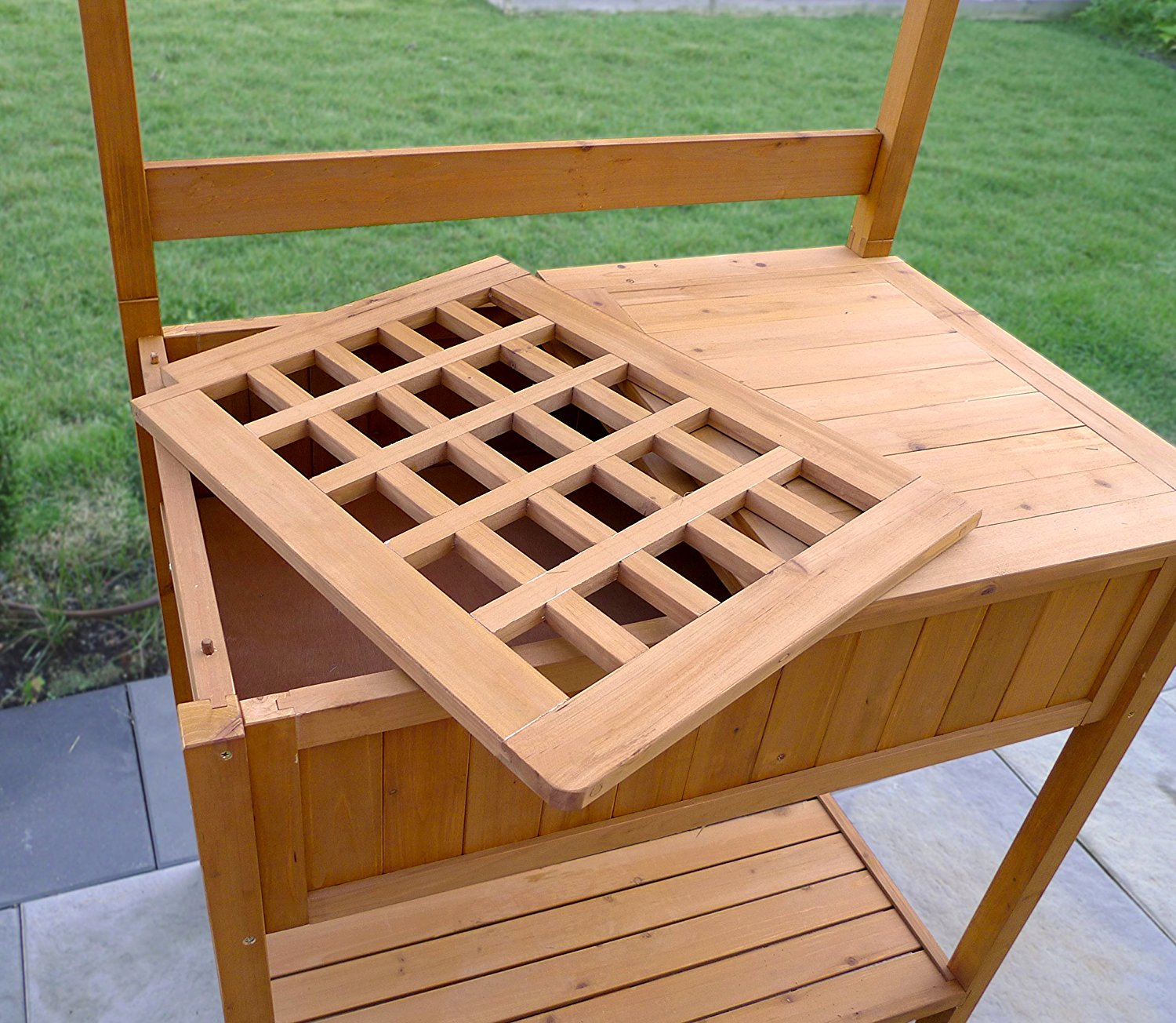 Garden Potting Bench: Garden Potting Bench